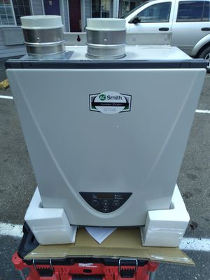 Ao Smith tankless water HEATER for Sale in Seattle, WA