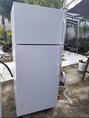 Total kitchen set!!! Washer dryer stove fridge for Sale in Orlando, FL