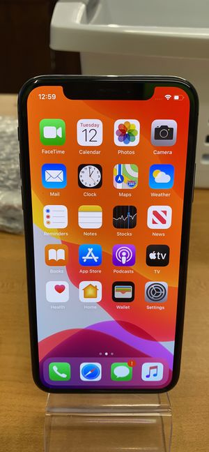 iPhone X 64GB AT&T or cricket for Sale in Euless, TX