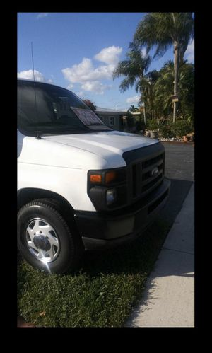 Ford E250 2008 for Sale in Hialeah, FL