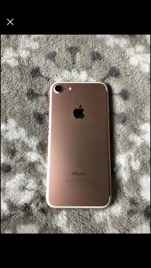 Unlocked Apple IPhone 7 32gb for Sale in New Bloomfield, MO
