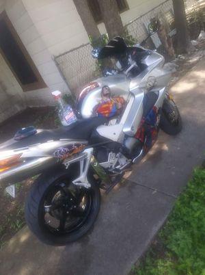 Honda 03' VFR 800cc for Sale in Dallas, TX