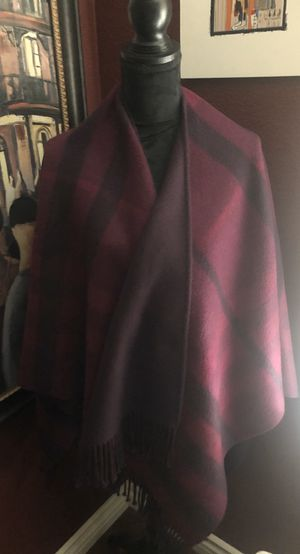 Burberry Cape/Poncho for Sale in Perris, CA