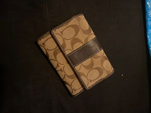 Used Women's Tri-Fold Coach Wallet for Sale in Branson, MO