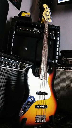 Fender jazz bass left hand 60 aniversary !! $380 or best offer !! for Sale in Oakland Park, FL