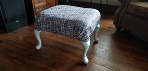 Chic ottoman / stool for Sale in Cleveland, OH