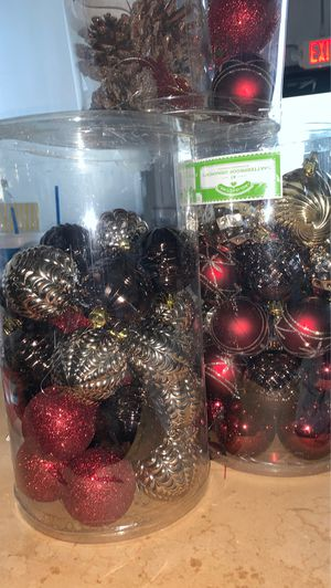 Nice Christmas tree ornaments for Sale in Dallas, TX