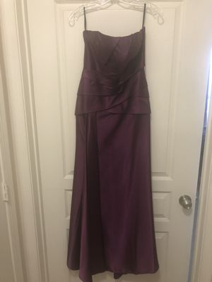 Deep purple formal dress for Sale in Alexandria, VA
