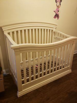 Crib for Sale in Camden, NJ
