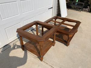 Glasstop vintage wood coffee table and end table for Sale in Kathleen, GA