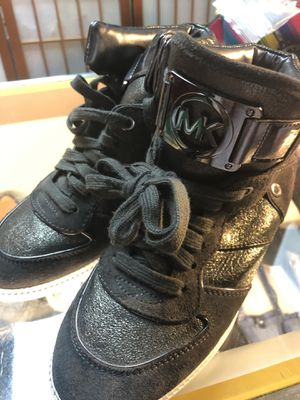 Women's Michael Kors high tops sneakers size 8 for Sale in Silver Spring, MD