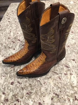 Cowboy boots for Sale in Lawrenceville, GA