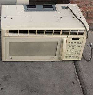 White microwave for Sale in Las Vegas, NV