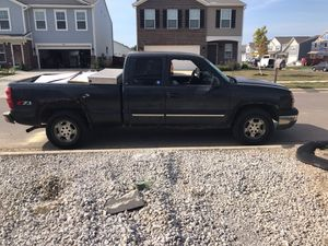 04 Chevy truck 4x4 for Sale in Lancaster, OH