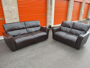 REAL / GENUINE ITALIAN LEATHER ELECTRIC RECLINERS SOFA SET - Couch + Loveseat - DELIVERY NEGOTIABLE for Sale in Boca Raton, FL