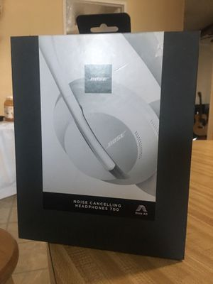 Bose 700 series brand new for Sale in Carson, CA