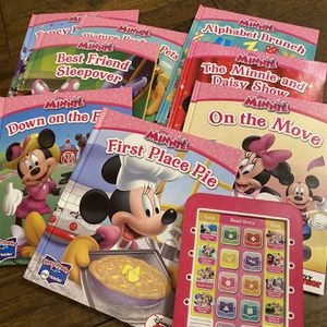 Disney Minnie Mouse 8 Books + Electronic Story reader for Sale in Long Beach, CA