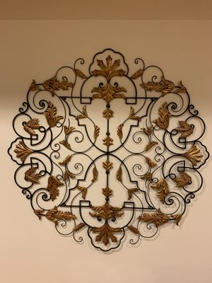 Horchow Iron Wall Grill Medallion w/ Gold Leaves for Sale in Bethesda, MD