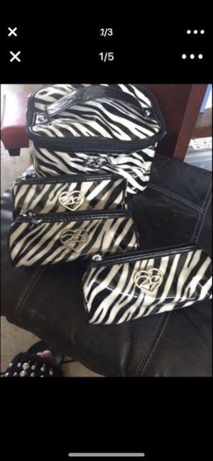 4 makeup bags by Bebe 2 b for Sale in Poway, CA
