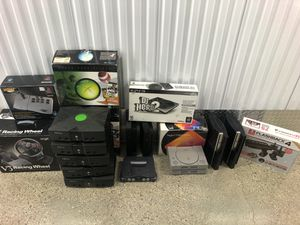 Everything works! Plus controllers and AV cables for Sale in Carol Stream, IL