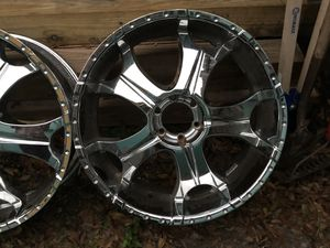 Stainless steel size 305/35R24 (x4) for Sale in Tampa, FL