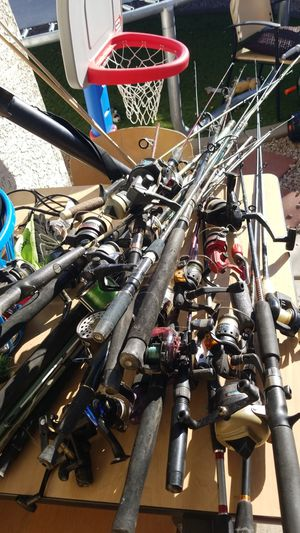 Huge lot of rods and reels. Deepwater ocean water freshwater deep sea fishing. 25+ rods and reels. Renegade R2F bass Shakespeare zebco shimino Penn for Sale in Gilbert, AZ