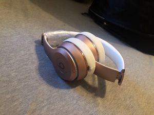 Beats Solo 3 Wireless (offer price) for Sale in Garland, TX