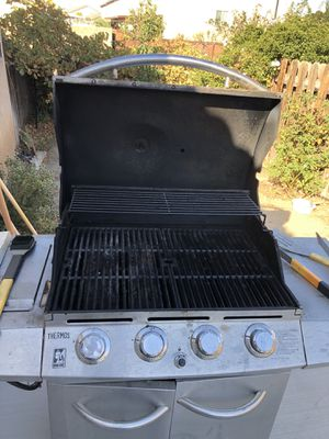 Thermos BBQ Grill for Sale in Hesperia, CA
