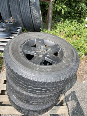 "4 Jeep Wheels 17"" for Sale in CT, US"