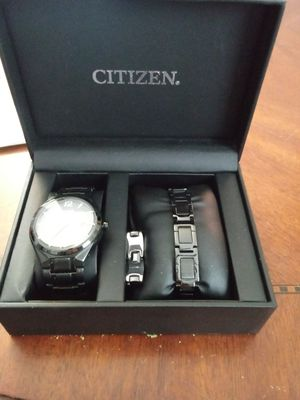 Mens Citizen Eco Drive Watch and Jewelry Set for Sale in Rock Island, IL