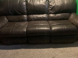 Brown Couch for Sale in Westerville,  OH