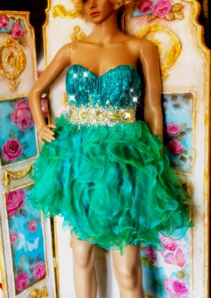Green BURLESQUE showgirl costume dress new for Sale in Pasadena, CA