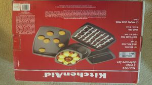 Kitchen Aid Bakeware Set (Brand New) for Sale in Severn, MD