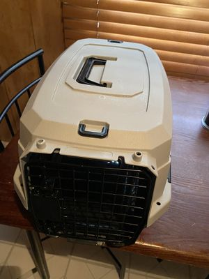 Small pet carrier for Sale in Roseville, MI