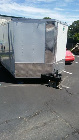 20 foot Aluminum Vnose Enclosed trailer with 5200lb axles white new for Sale in Great Neck, NY