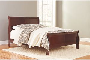 New queen cherry sleigh bed on sale today for Sale in Columbus, OH