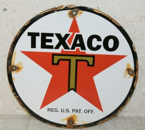 Vintage Texaco Golden Motor Oil Porcelain Sign Gas Pump Station for Sale in Lowellville, OH