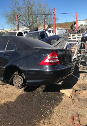 Part out Mercedes Benz c230 2006 for Sale in Phoenix, AZ