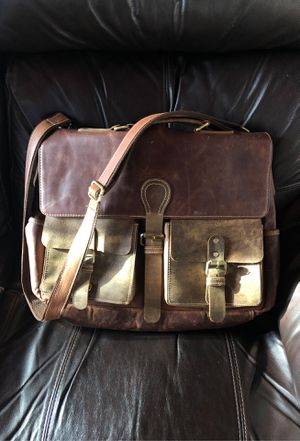 Messenger bag cross body for Sale in San Diego, CA