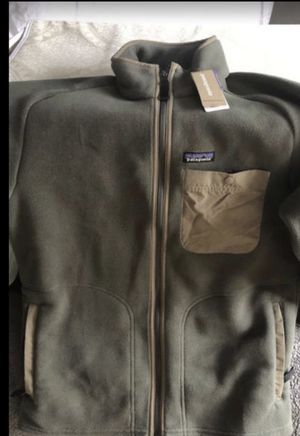 Patagonia jacket medium size ( men)NEW for Sale in Federal Way, WA