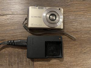 Casio Exilim Digital Camera for Sale in Palm Beach Gardens, FL