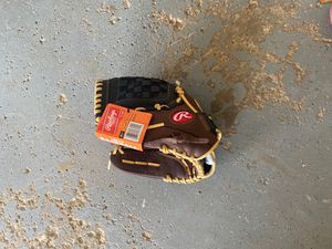 Rawlings baseball glove 12 1/2 lefty for Sale in Chicago, IL