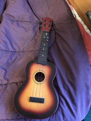 Nice mini guitar for Sale in Sterling Heights, MI