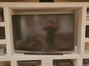 60 inch Mitsubishi protection TV for Sale in Thornton, CO
