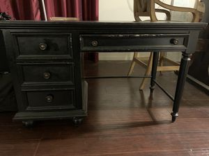 Antique desk for Sale in North Hollywood, CA