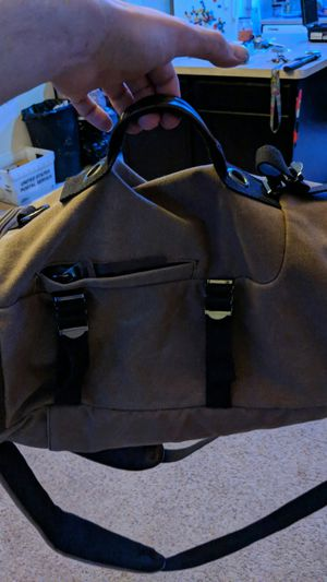 Duffle bag backpack that holds ALOT can is also a suitcase for Sale in Aurora, CO