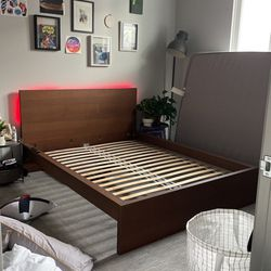 Ikea Malm Walnut Bed Frame Queen Size (No Mattress) for Sale in Milwaukie,  OR