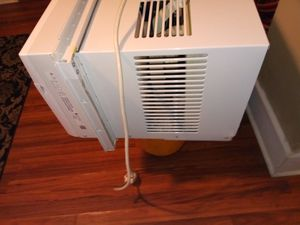 New window AC unit for Sale in Tampa, FL