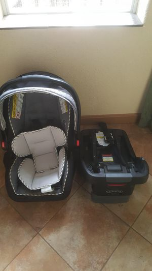 Graco car seat and base. for Sale in Medford, OR