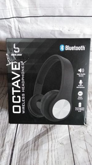 New Beautiful Wireless Headphone ( new with box , never used ) for Sale in Frederick, MD
